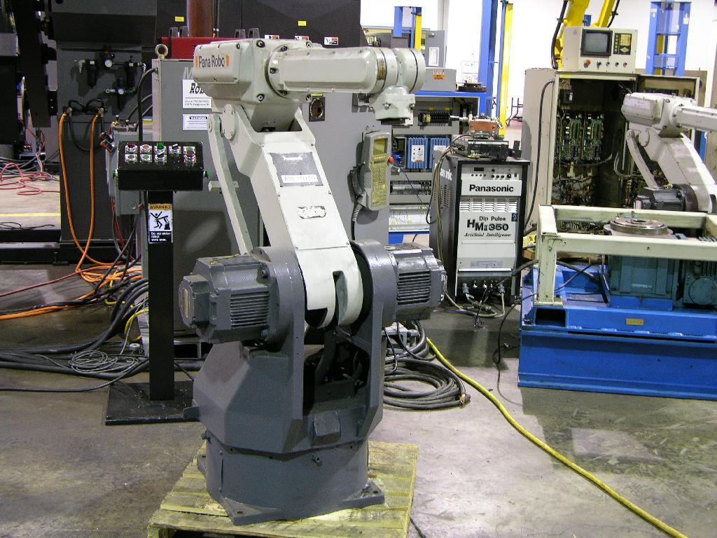 Robot hàn công nghiệp